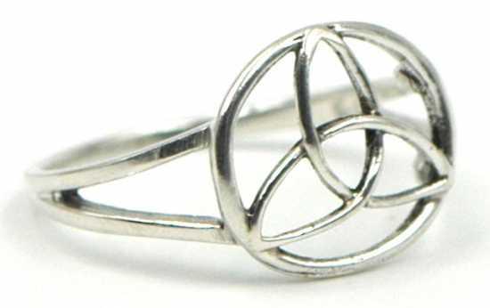 anillo triqueta plata